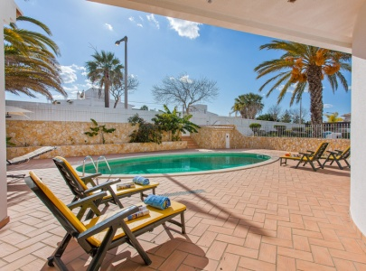 *New* - Superb 4 bedroom Villa with private pool, Galé, Albufeira