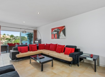 *NEW* Superb 3 bedroom townhouse with pool view and terrace