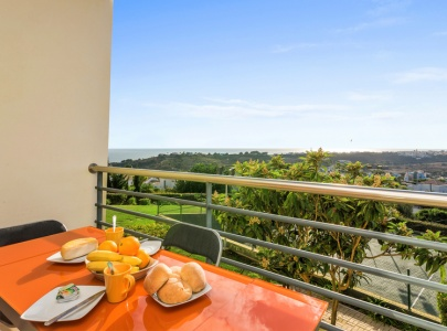 Apartment with Sea Views at Encosta da Orada, Albufeira